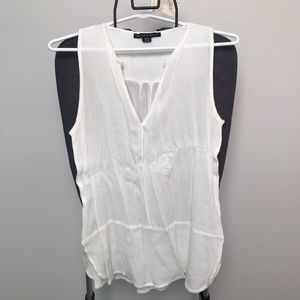 NEW Ivory Tunic V-Neck Sleeveless Size S - 821
